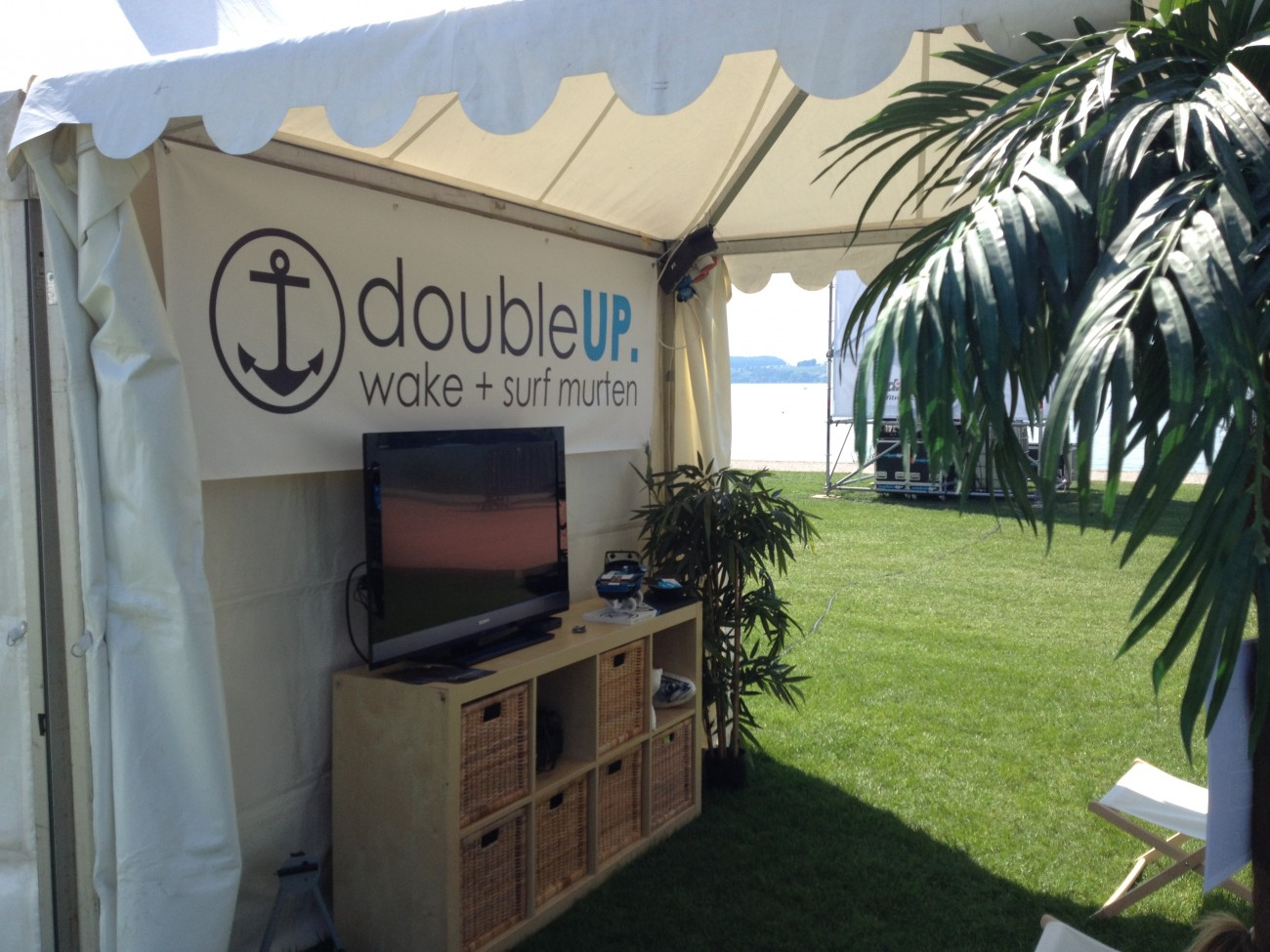 DoubleUP Stand Wake and Jam